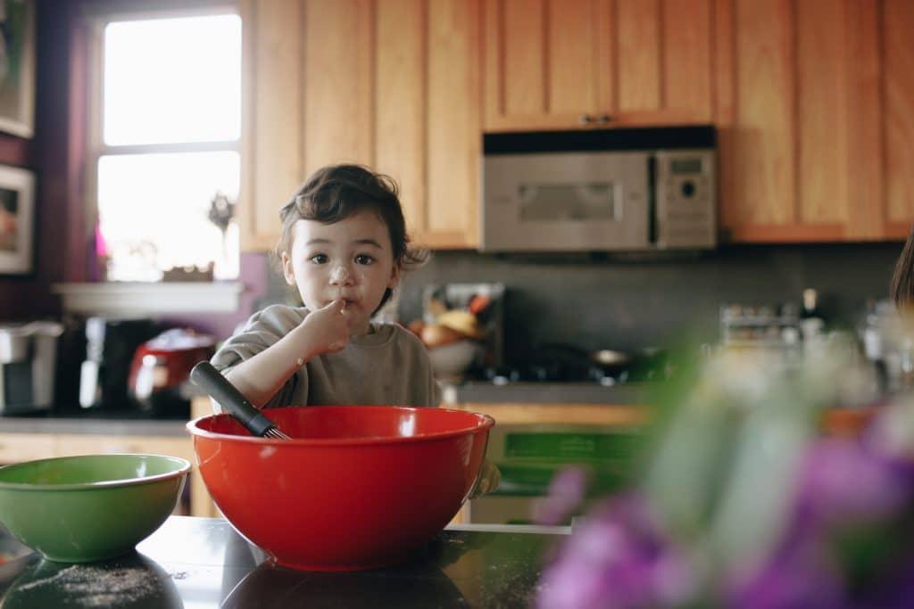 Wprowadzenie pokarmów stałych do diety dziecka-jakie produkty