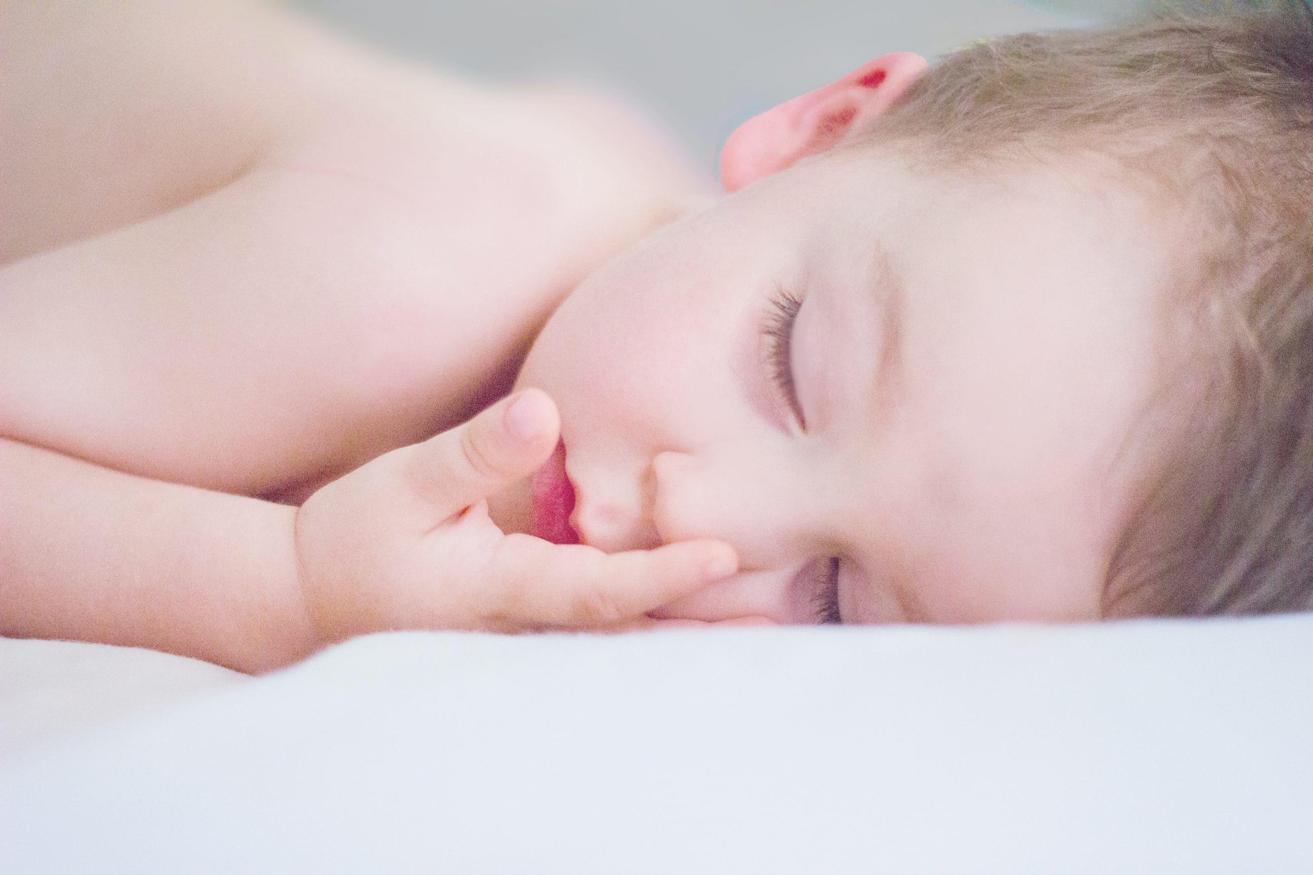 nudności i wymioty u noworodków i dzieci